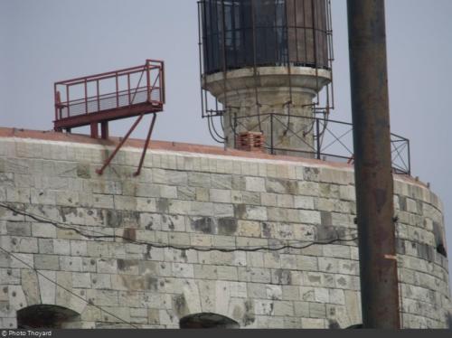 Fort Boyard 2013 : Le nouveau garde-corps sur la terrasse (07/05/2013)