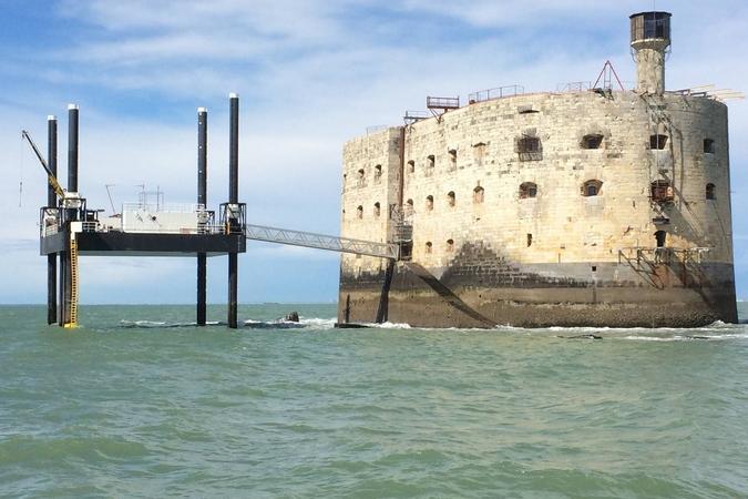 Fort Boyard 2016 - Le Fort est réouvert, la production est arrivée (13/04/2016)