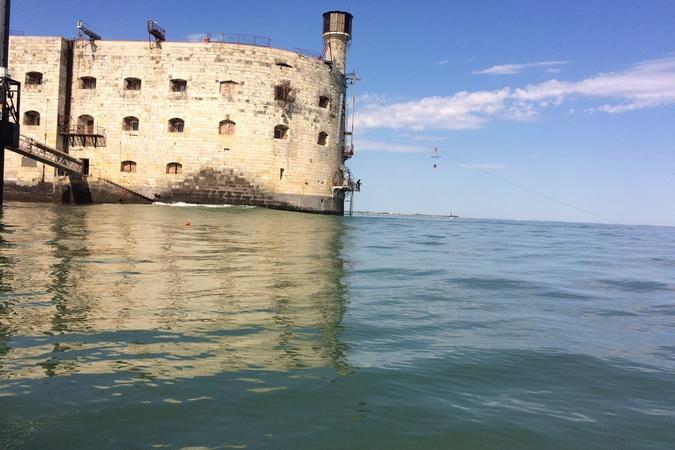 Fort Boyard 2016 - Océan calme autour du fort