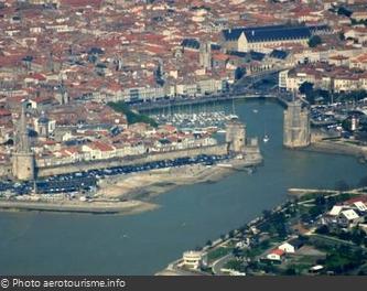 Vue partielle de La Rochelle