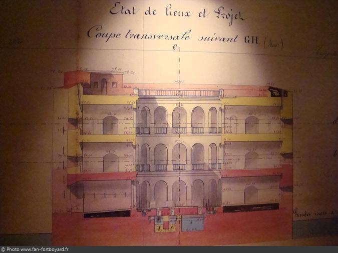 La salle 3 avec les plans/coupes du Fort Boyard
