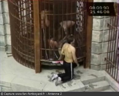 Fort Boyard 1990 - Dans l'émission 10, Mabrouk ZIOUANE reste enfermeé dans la Salle du Trésor !