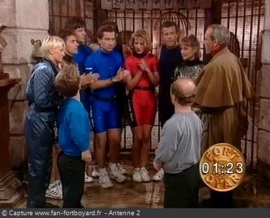 Fort Boyard 1991 - Les animateurs d'Antenne 2 sont les premières célébrités à venir sur le fort, devant plus de 11 millions de téléspectateurs