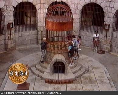 Fort Boyard 1991 - La nouvelle Fontaine à Boyards renfermant le trésor