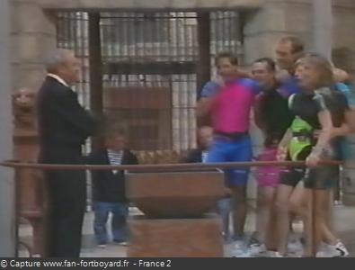 Fort Boyard 1992 : Lieu de la pesée, avec la balance au milieu