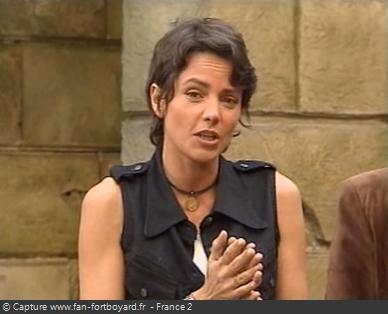 Fort Boyard 1995 : Cendrine Dominguez anime déjà sa 3e saison, un record à l'époque pour une co-animatrice