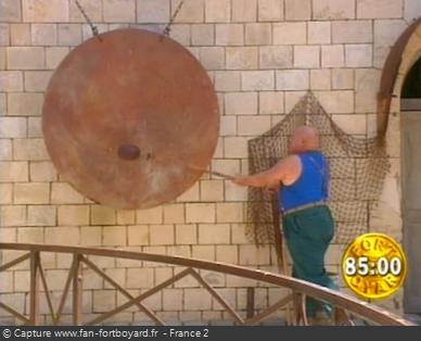 Fort Boyard 1997 : La Boule sonne le gong