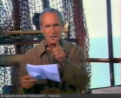 Fort Boyard 1998 : Lecture d'un courrier de téléspectateurs en vigie