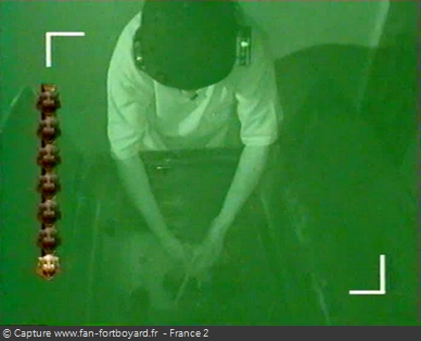 Fort Boyard 1999 : Ouverture des passages intermédiaires dans le noir