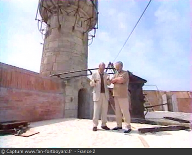 Fort Boyard 1999 : Patrice Laffont et Jacques Antoine sur la terrasse