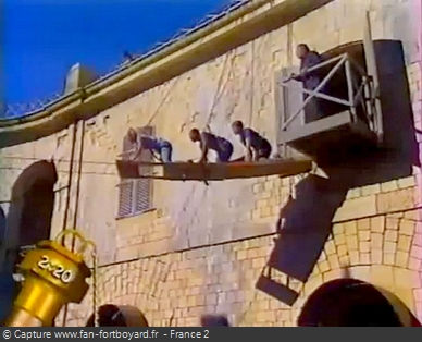Fort Boyard 2001 : La nouvelle aventure de la Chenille