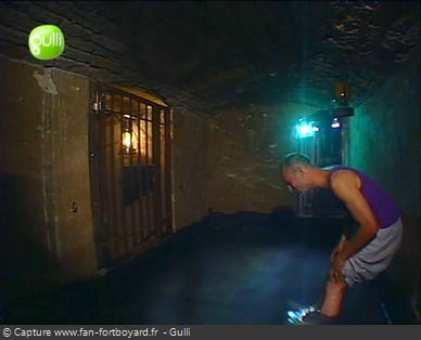 Fort Boyard 2003 : Une des trois nouvelles prisons insalubres et humides