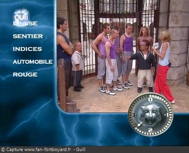 Fort Boyard 2003 : L'ouverture des cartouches se fait devant la Salle du Trésor (exemple d'habillage)