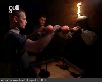 Fort Boyard 2005 : Le nouveau duel du Conseil des Boulets rouges