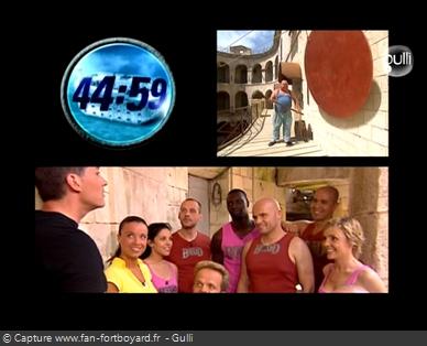 Fort Boyard 2006 : Le jeu démarre avec le coup de gong devant la première cellule
