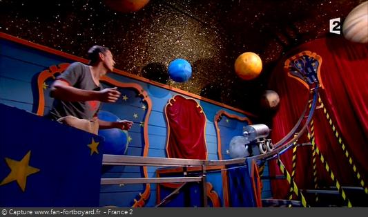 Fort Boyard 2012 : La nouvelle épreuve De la Terre à la Lune (en rappel de l'épreuve de L'Horloge de la chapelle de 1990-1995)
