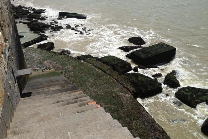 Fort Boyard 2013 : Un Fort... Sur un boyard... A marée basse... (28/05/2013)