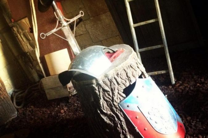 Fort Boyard 2013 : En cette fin de journée, nostalgie avec Excalibur... (30/05/2013)