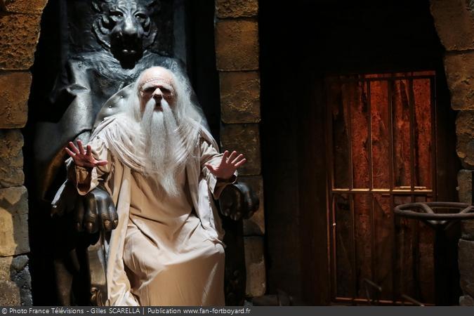 Fort Boyard 2014 - Le Père Fouras, sur son trône, dans le Conseil