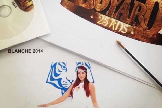 Fort Boyard 2014 : Delphine Wespiser est en réunion de travail pour la prochaine saison (09/04/2014 - D. Wespiser)