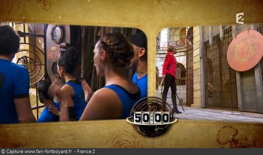 Fort Boyard 2016 : Le jeu démarre depuis l'entrée du fort avec le coup de gong de Félindra
