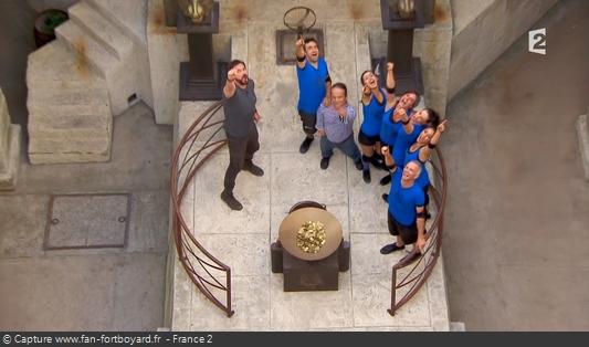 Fort Boyard 2016 : Olivier Minne termine l'émission depuis la pesée avec les candidats