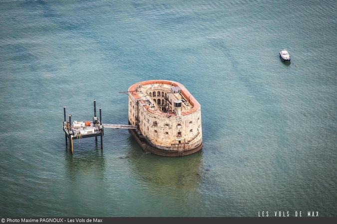 Fort Boyard 2017 - Survol du Fort (14/05/2017)