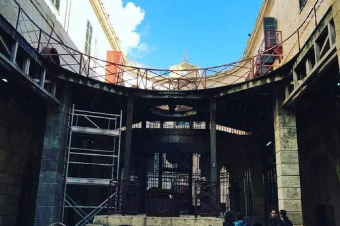 Fort Boyard 2017 - La cour intérieure se met en place pour les tournages (19/05/2017)