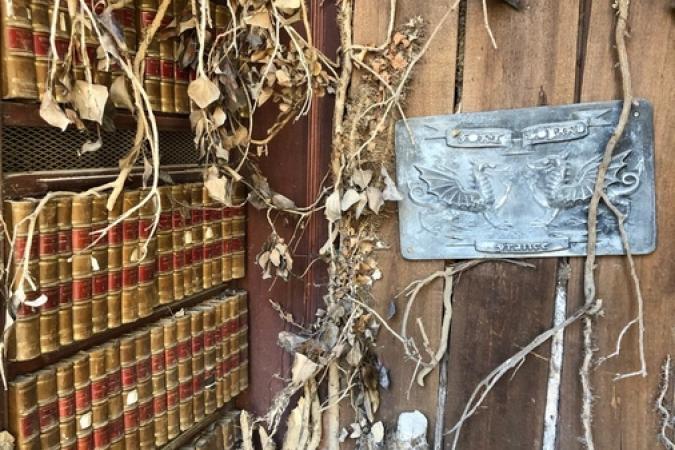 Fort Boyard 2019 - Porte de la Bibliothèque abandonnée (après les tournages)