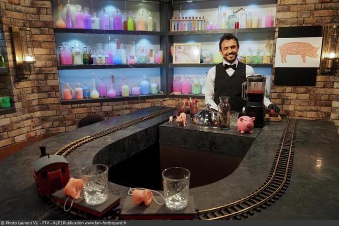 Fort Boyard 2020 - Le nouveau bar (clandestin) Chez Willy Rovelli avec le Chef Willy