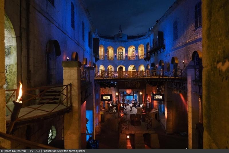 [Spoilers] Présentation > Fort Boyard 2020-04 - Matelots de la Vie (01/08/2020) Fort-boyard-2020-officielle-equipe04-29