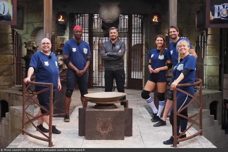 [Spoilers] Présentation > Fort Boyard 2020-08 - RoseUP (29/08/2020) Fort-boyard-2020-officielle-equipe08-32