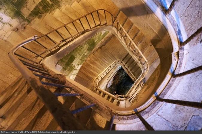 Fort Boyard 2020 : Les escaliers du fort