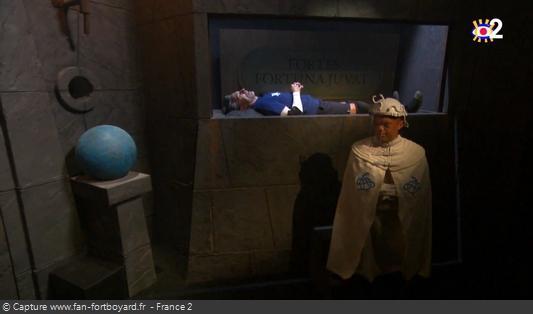 Fort Boyard 2020 : Le candidat qui s'allonge sur l'autel de Blanche est envoyé dans la séquence du Willymix