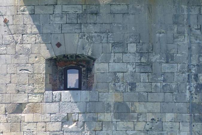 Fort Boyard 2020 - Du mouvement dans la cellule 218 du Percolateur (24/05/2020)