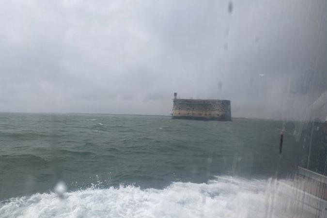 Fort Boyard 2020 - Deuxième journée de répétitions sous la pluie (11/06/2020)