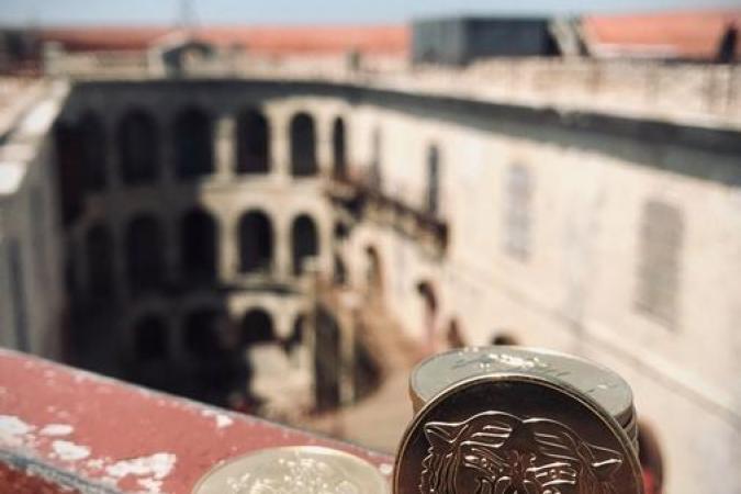Fort Boyard 2020 - Le Boyard de collection devant le cour intérieure (05/09/2020)