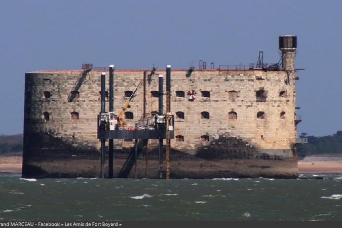 Fort Boyard 2021 - Les installations extérieures sont de retour (carrelet, Saut de l'ange, Course-poursuite...) (03/04/2021)