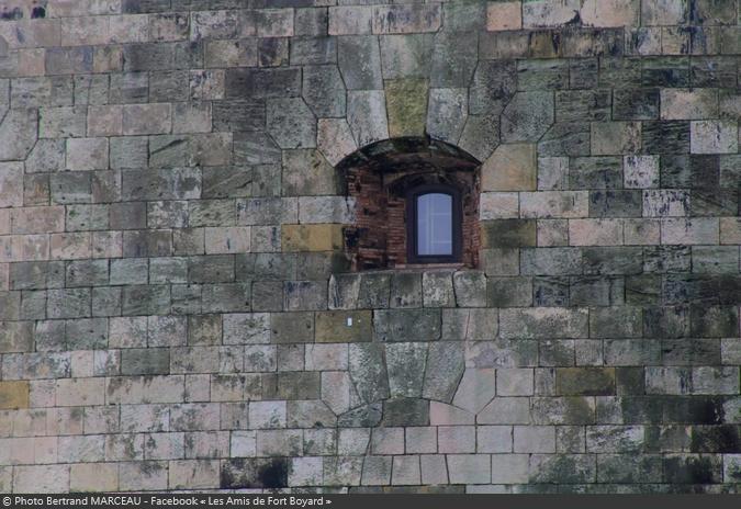 Fort Boyard 2021 - Zoom sur la fenêtre de la cellule 109 (08/05/2021)
