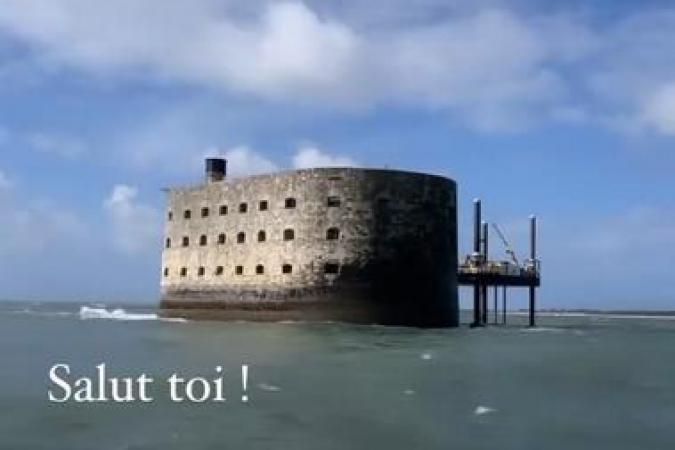 Fort Boyard 2021 - Arrivée de Delphine Wespiser au fort (10/05/2021)