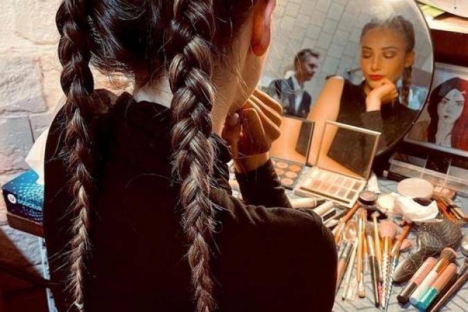 Fort Boyard 2021 - Instant coiffure pour Delphine Wespiser (21/05/2021)