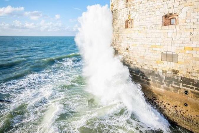 Fort Boyard 2021 - Même en mai, les vagues tapent le fort (21/05/2021)