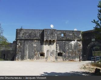 La façade du Fort des Saumonards
