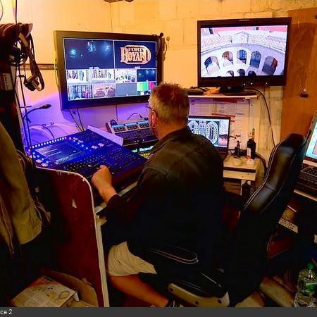 Coulisses des tournages de Fort Boyard - Locaux électriques et lumières en cellule 003 (2008)