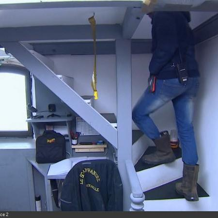 Coulisses des tournages de Fort Boyard - Loge du gardien en cellule 013 - Repos (2019)