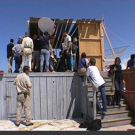 Coulisses des tournages de Fort Boyard - Tournage de la présentation des candidats dans un faux carrelet (2001)