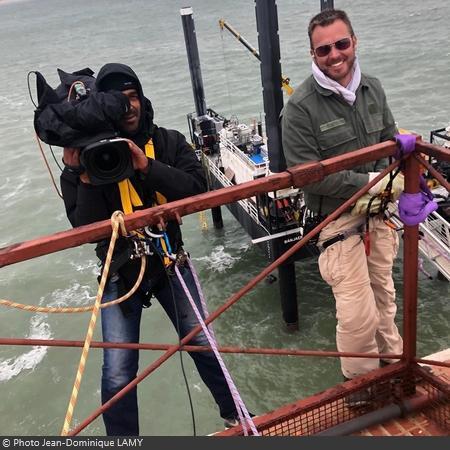Coulisses des tournages de Fort Boyard - Les cadreurs doivent souvent se mettre dans des situations acrobatiques (2018)