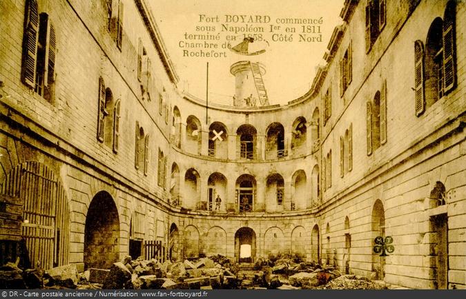 La cour intérieure du Fort Boyard au début du XXe siècle