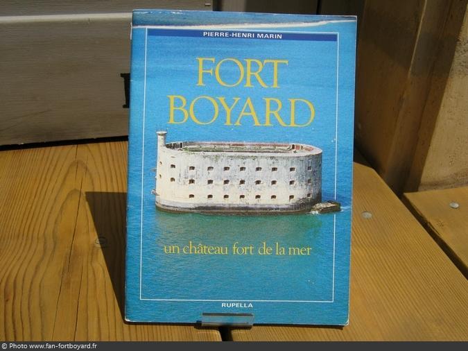 Livre-découverte - Fort Boyard, un château fort... de P-H. Marin (1991)