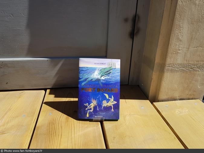 Livre-fiction - Opération Jurassic à Fort Boyard de A. Surget (2018)